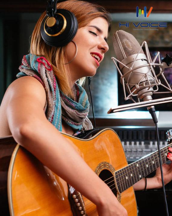 オードリー – 英語女性歌手-1.jpg
