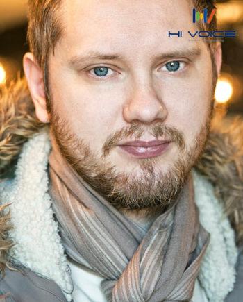 アレクサンダー - ハキハキとした活力のある声が魅力のロシア語ナレーター